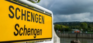 epa04505610 A view of Schengen's sign in the village of Schengen, Luxembourg, 14 October 2014. EPA/NICOLAS BOUVY